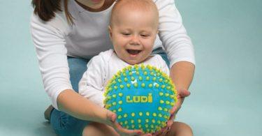 Meilleure balle sensorielle bébé